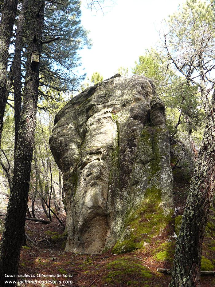 Rocas de arenisca en Espeja de San Marcelino, cerca de las casas rurales La Chimenea de Soria I y II