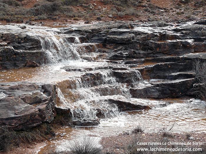 cascada de Espeja en invierno