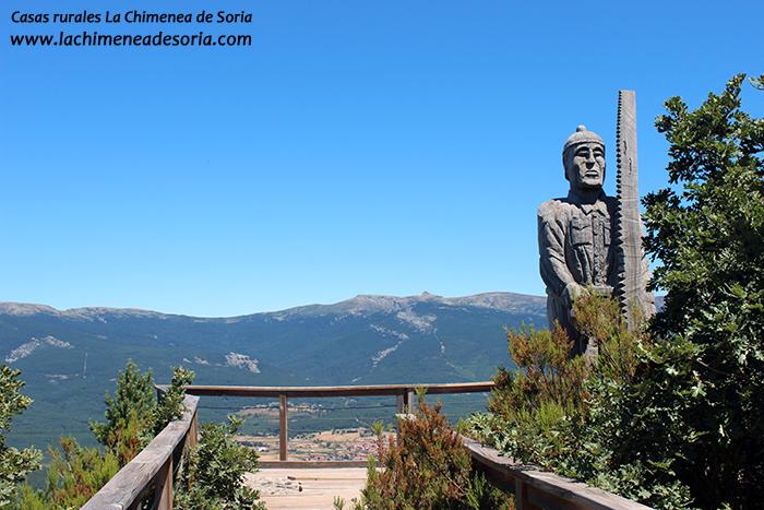mirador de cabeza alta vistas comarca de pinares estatua