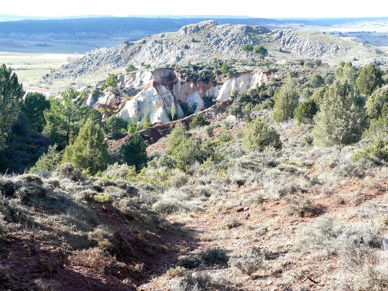 Fuente Vieja con vistas a El Castillo